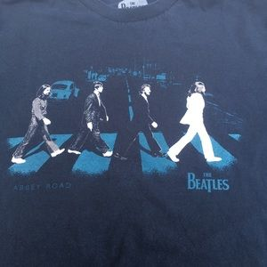 The Beatles Abbey Rd. Graphic T -Shirt.